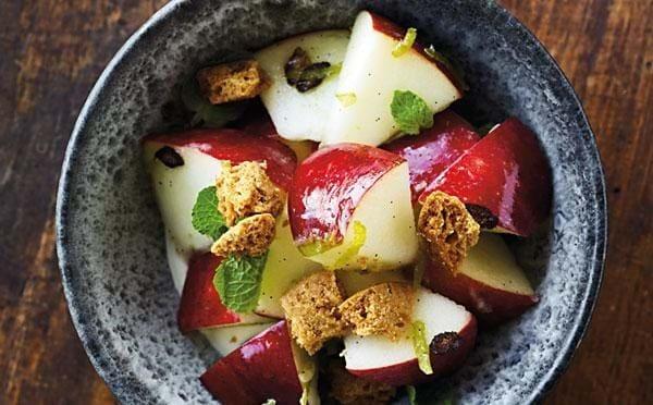 Æblesalat med ingefær-limesirup
