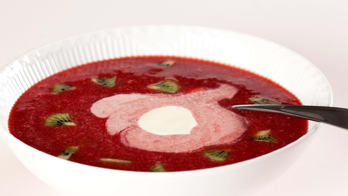 Kold jordbærsuppe med kiwi og skyr