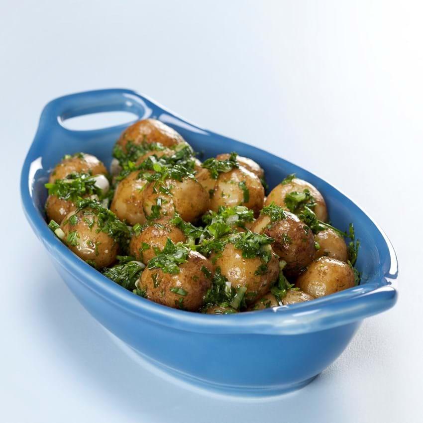 Kold kartoffelsalat med krydderurter og vinagrette