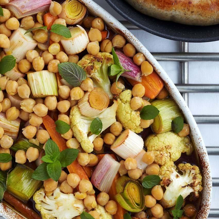 Ovnbagte grøntsager med kikærter