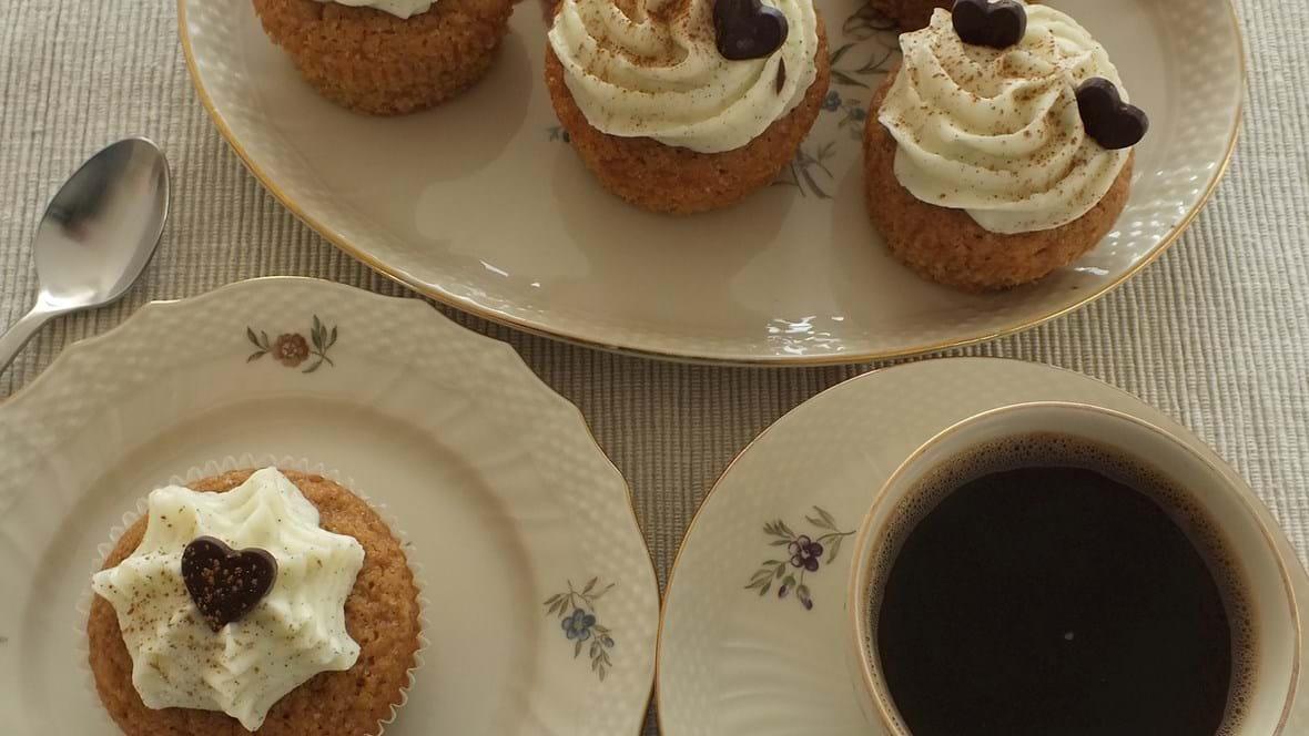 Ingefær-kanel cupcakes med mascarponefrosting