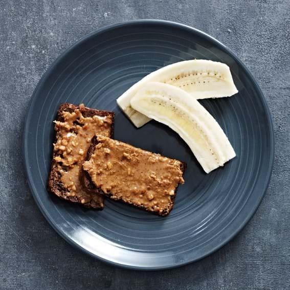 Banan og peanutbutter