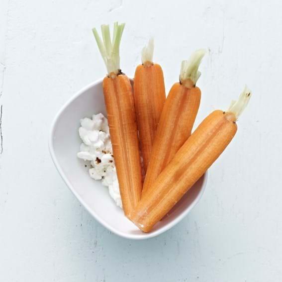 Gulerødder med hytteost og lakrids
