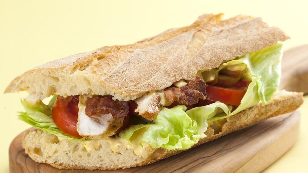 Kylling-bacon sandwich