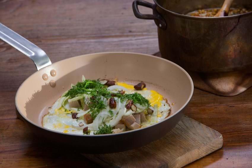 Æggepandekage med kål + gris