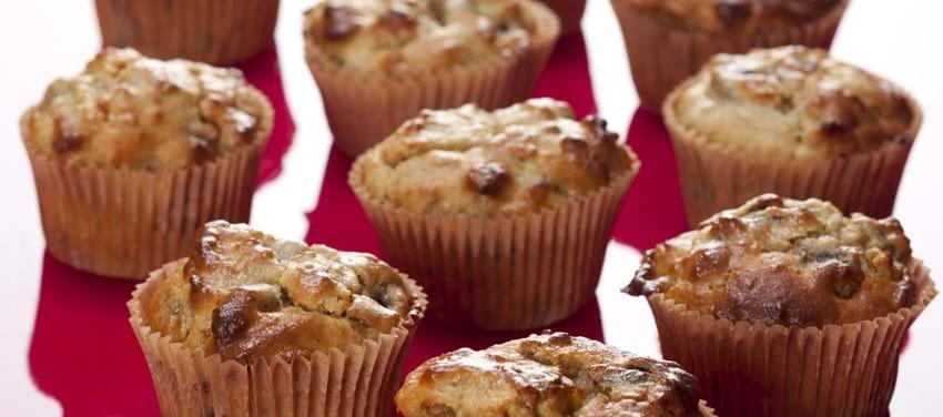 Morgen muffins med svesker og abrikoser
