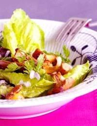 Sprød salat med ristede svampe