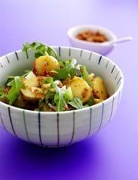 Kartoffelsalat med rød pesto
