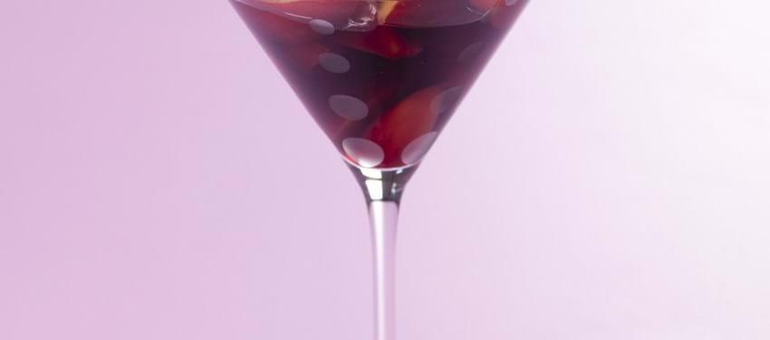 Nektariner i vin med mascarpone og skyr