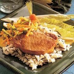 Svinekoteletter med sprøde grøntsager