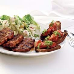 Nakkekoteletter med bruchetta og salat