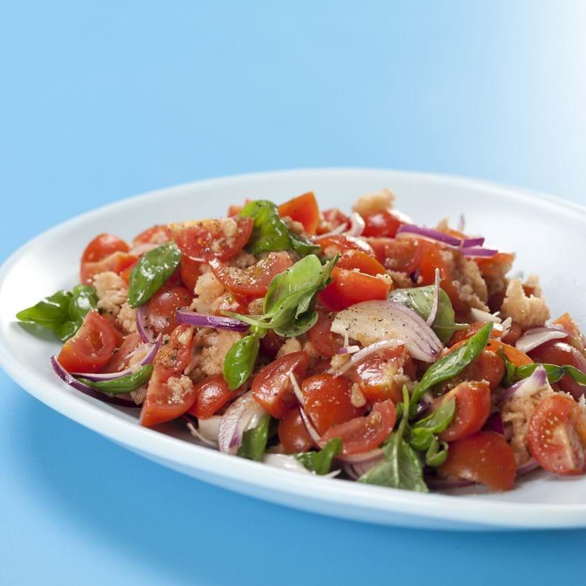 Panzanella – Italiensk brødsalat