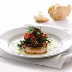Kold Filet Royal i mild karryolie med tomat-dildkompot