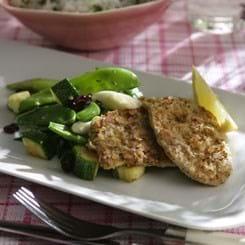 Sauté-skiver med mandler og lynstegte grøntsager