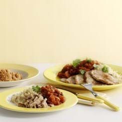 Sauté-skiver med tomatragout og couscous