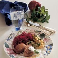 Skinkemignon med frisk kryddersauce og rødbedesauté