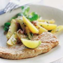 Skinkeschnitzel med kartoffelssalat og lime