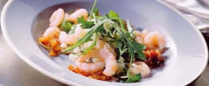 Rejer med sursød chilisauce og couscous