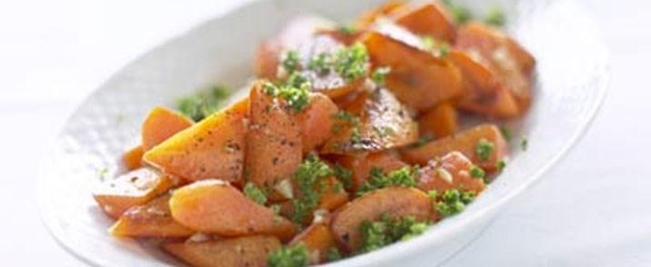 Sauterede gulerødder med persille