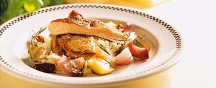 Schnitzel og ovnbagte grøntsager med trøffeldryp