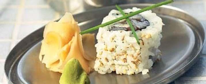 Sushi med tunfisk og purløg