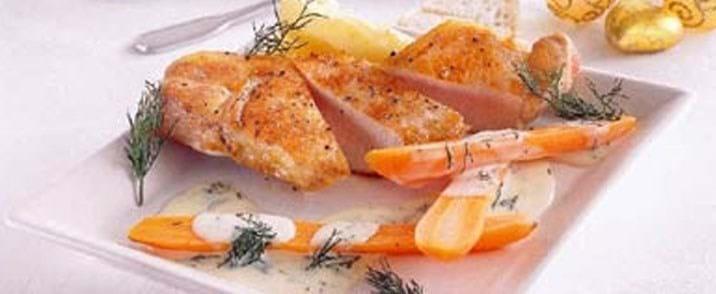 Svinekoteletter med gulerødder