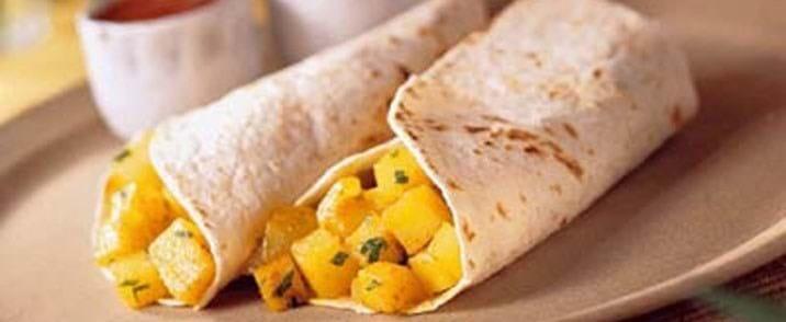 Burritos med kartoffelfyld og tacosauce