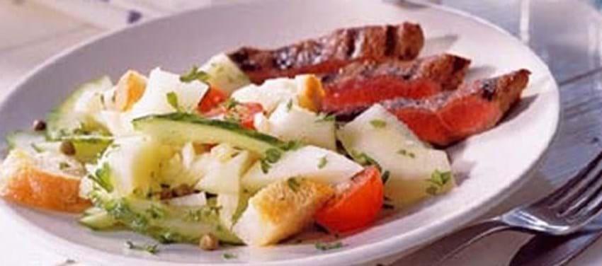 Toscansk brødsalat med melon og grillet bøf