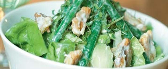 Bønnesalat med roquefort-dressing