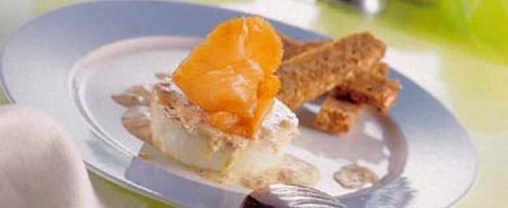 Æg i cocotte med laks og sennepstopping