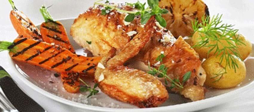 Ølmarineret kylling med grillede gulerødder
