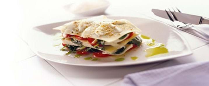Fiskelasagne med spinat og tomat