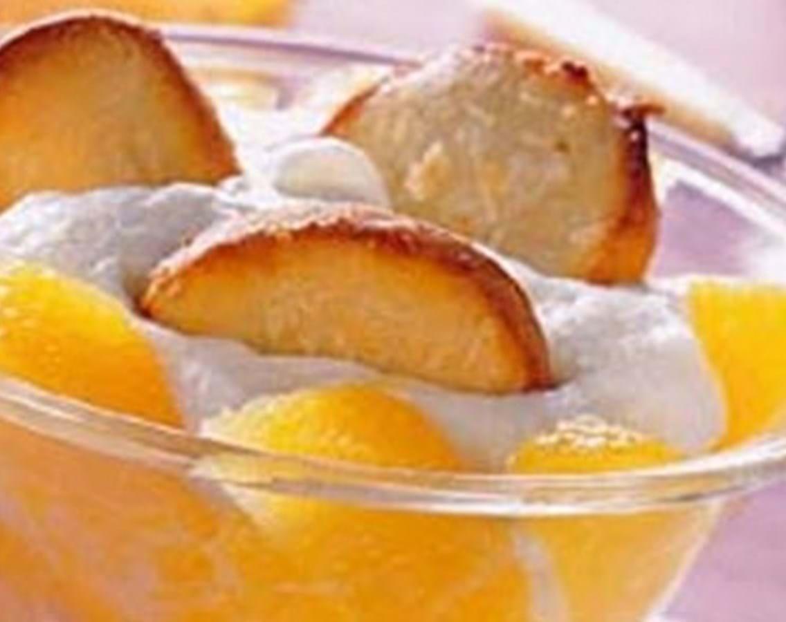 Appelsinsalat med ricottacreme og marcipanchips