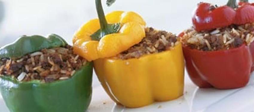 Fyldte, krydrede peberfrugter