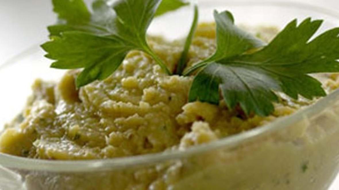 Hummus med spidskommen, tahin og citron