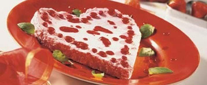 Jordbærfromage med hindbærsauce