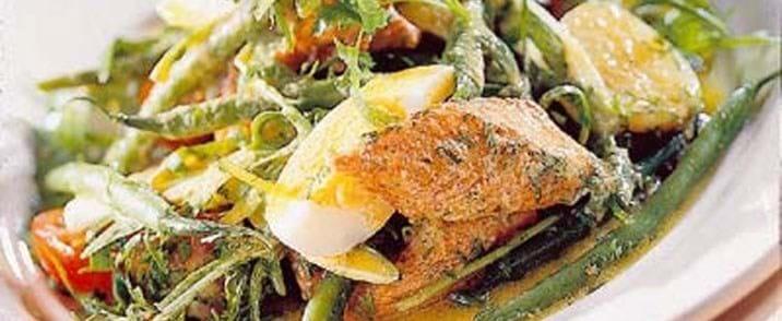 Kartoffel-bønnesalat med urtemarineret kyllingefilet