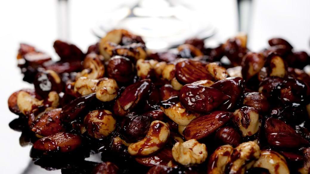 Sojaristede nødder med honning