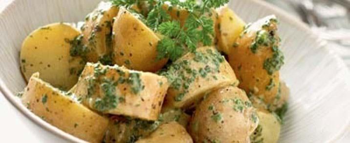 Kartofler i krydret marinade