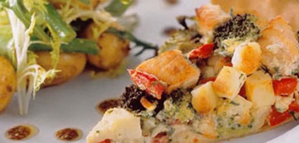 Laksetærte med dild og feta