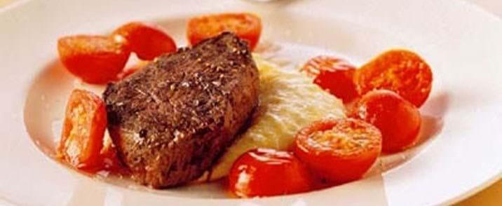 Oksemørbradbøffer med kartoffel-fennikelpuré