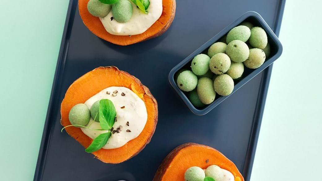 Bagte søde kartofler med sennepscreme