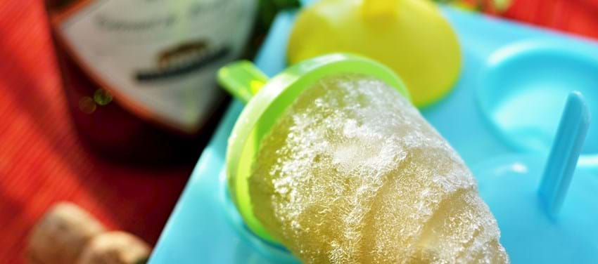 Champagneis med hyldeblomst (4 små velkomst-is)
