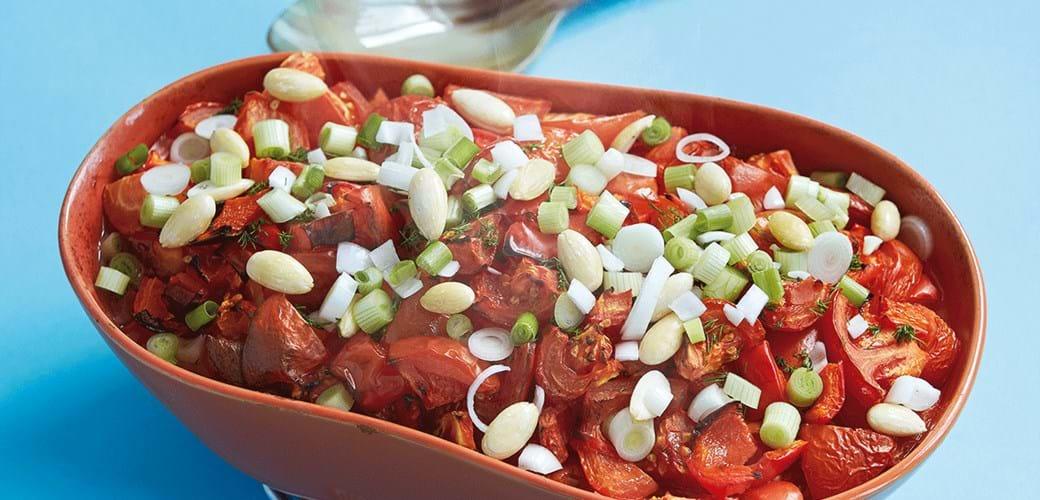 Laks med tomat og mandler