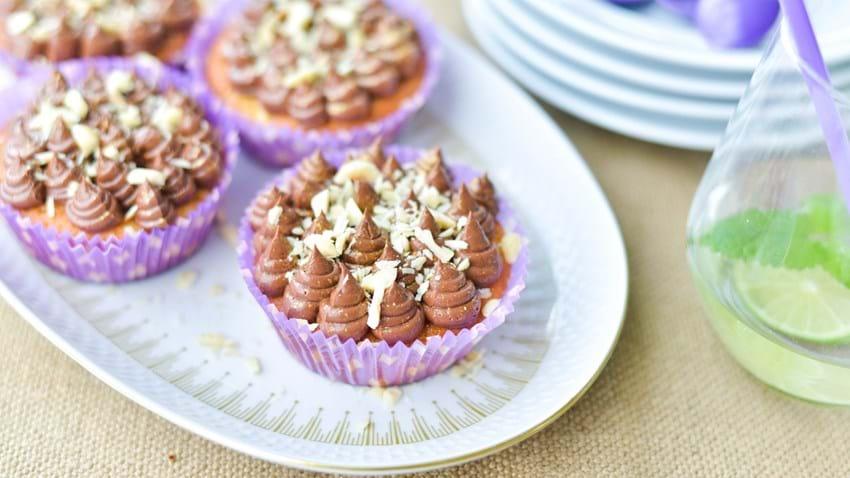 Ingefærcupcakes med mørk chokoladecreme