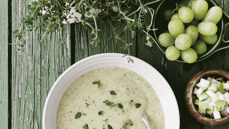 Courgette-suppe med frugt