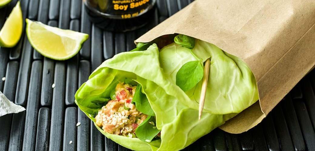 Kålwraps med spicy tunsalat