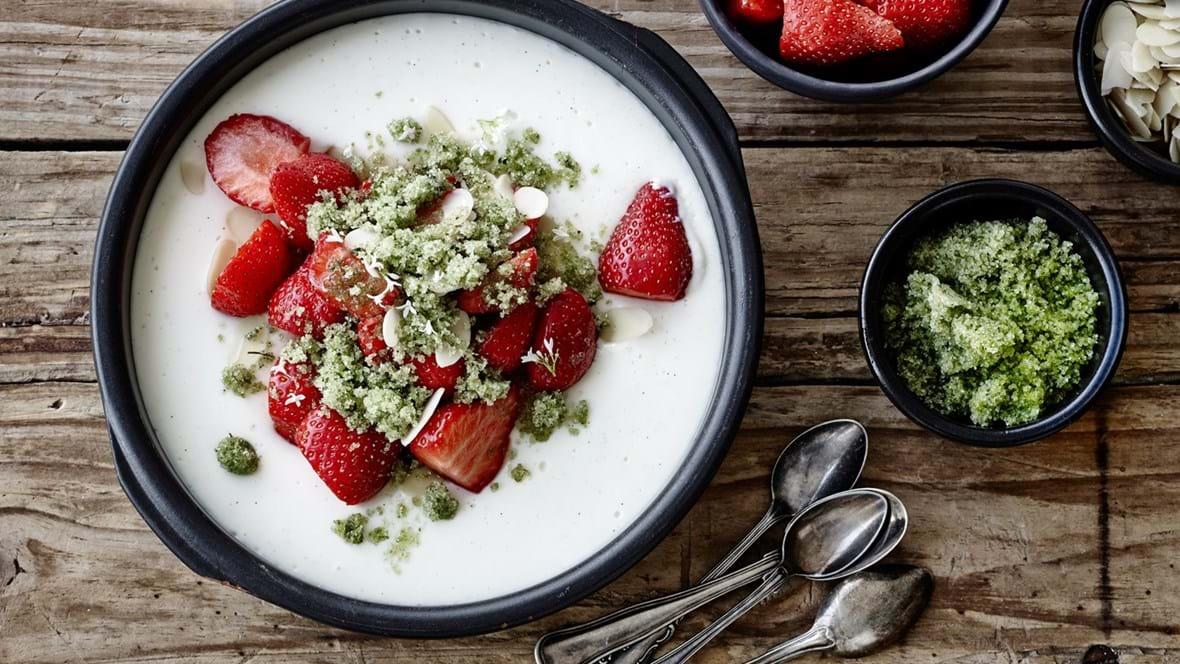 Jordbær med estragonsukker