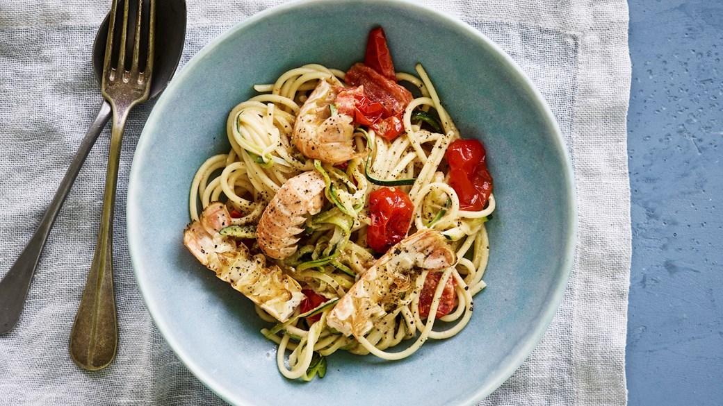 Spaghetti med hvidløgsristede jomfruhummerhaler