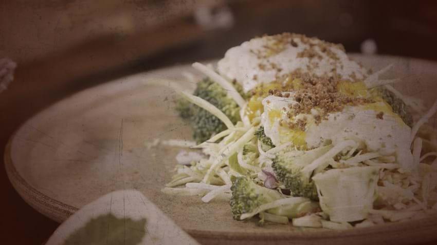 Pimpet rejesalat, hønsesalat og æggesalat